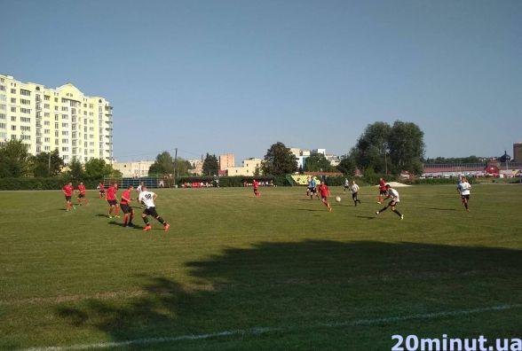 Литовці та грузини змагаються на турнірі з футболу у Тернополі