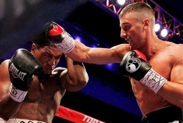 Українець Олександр Гвоздик битиметься проти американця Крейга Бейкера 20 серпня