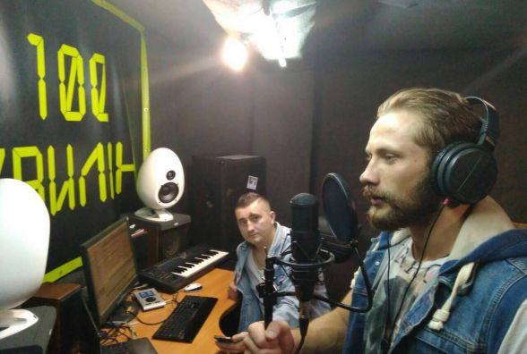 Тернопільський співак Сашко Алексєєв записує нову пісню про соціальну проблему