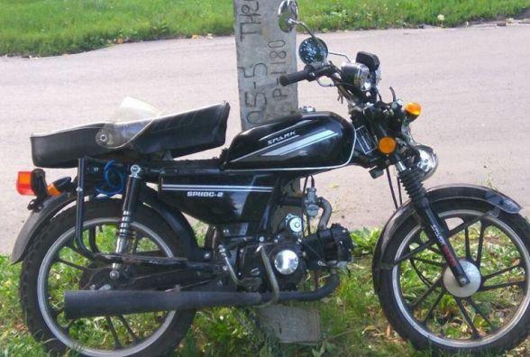 """На """"БАМі"""" мотоцикліст влетів в електроопору"""