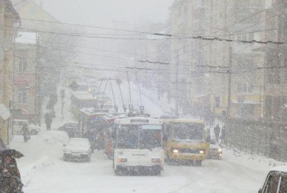 Поліція досі розслідує, чи є винні у минулорічному сніговому колапсі