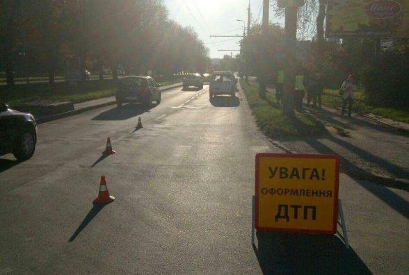 На Крушельницької 19-річний водій збив на пішохідному переході 10-річного хлопчика