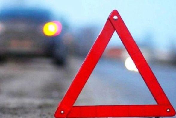 На Чернівецькій в аварію потрапив водій Mitsubishi з підробленим техпаспортом