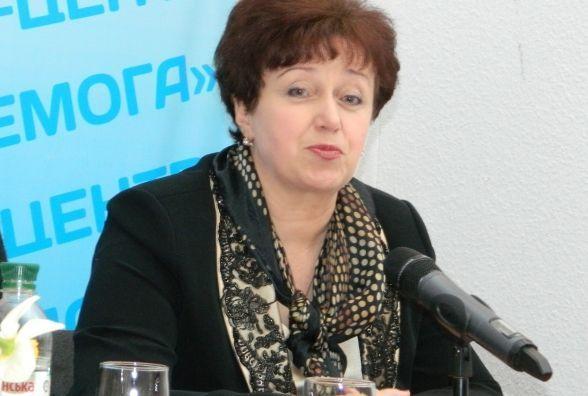 Понад 105 тисяч гривень отримала Марія Баб'юк завдяки диплому. Поліція каже - фальшивому