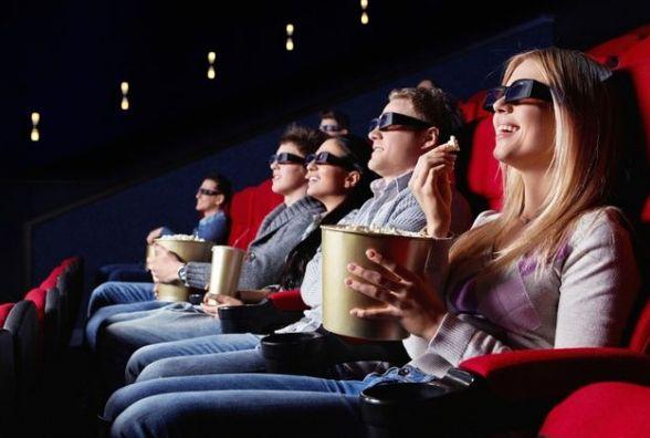 Тернополяни можуть безкоштовно дивитись цілу ніч кіно
