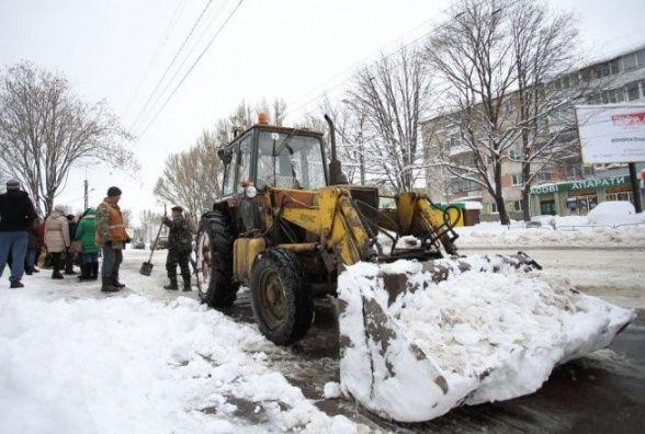 Хто прибиратиме Тернопіль взимку, поки невідомо. Тендер не відбувся