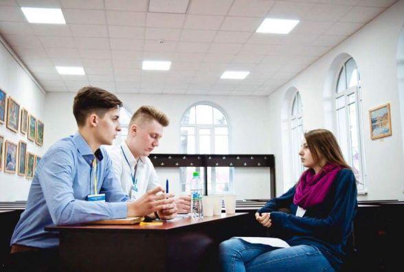 Студенти-юристи ТНЕУ безкоштовно надають юридичну допомогу