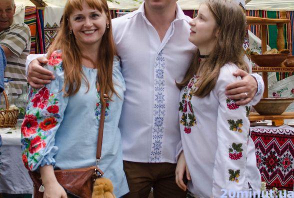 Жінки відомих тернополян: дружина Степана Барни розповіла, як чоловік готує для неї