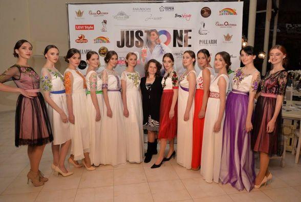 """Дизайнер Ірина Цісецька: """"Мої сукні подорожують світом набагато більше за мене"""""""