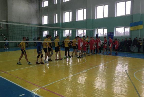 """Тернопільські волейболісти перемогли у домашньому турі """"Дитячої ліги"""""""