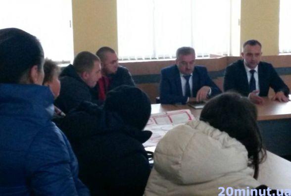 Голови сіл зберуться, аби вирішити, як бути із незареєстрованими в Тернополі дітьми