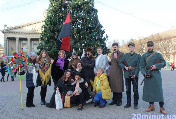 У Тернополі колядує патріотичний вертеп: Сталін замість Ірода, Повстанці та Жиди