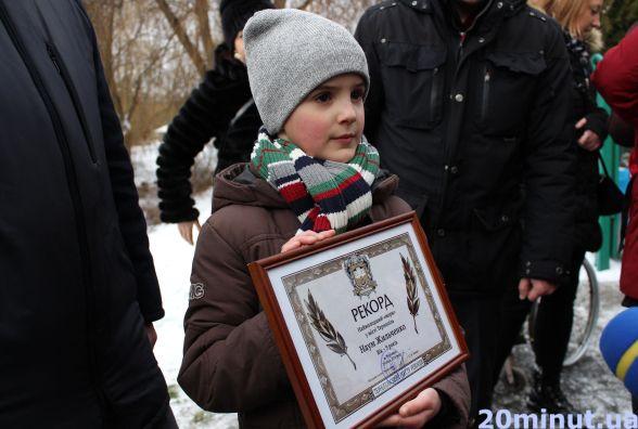 У Тернополі на Водохреща моржі встановили два нових рекорди