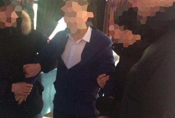 У Тернополі правоохоронці затримали адвоката і двох активістів, які вимагали 71 000 грн
