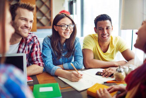 Як бюджетно вивчати медицину, бізнес і туризм в Канаді? Безкоштовний семінар 24 лютого (новини компаній)
