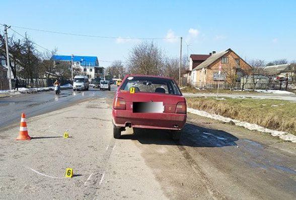 У Почаєві в ДТП загинув дідусь, який переходив дорогу за межами пішохідного переходу