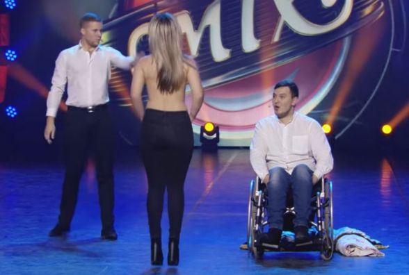 """Тернопільський комік разом з другом на інвалідному візку виступили на """"Лізі сміху"""""""