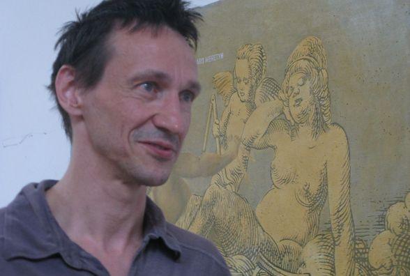 Тернополян запрошують на контроверсійну й іронічну виставку
