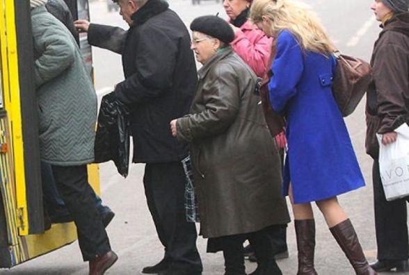Із 19 березня пільговики зможуть їздити безкоштовно лише з пільговою карткою тернополянина