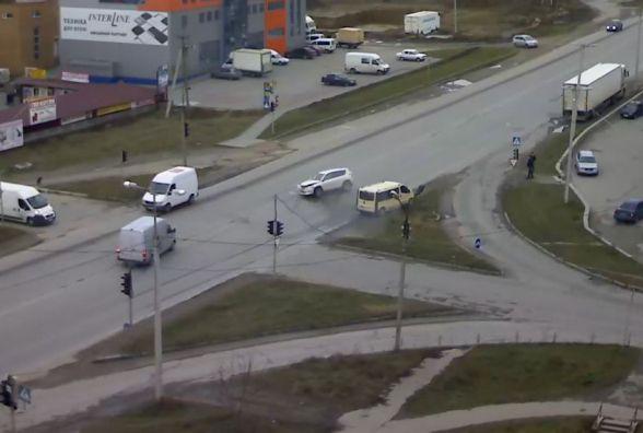 Тернополянин просить вдосконалити небезпечне перехрестя, де часто трапляються ДТП