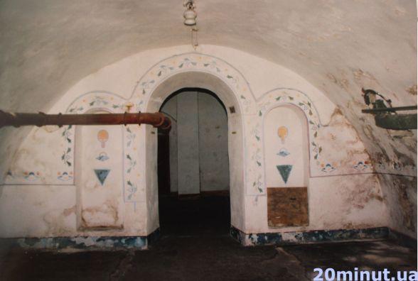 """""""Радянська влада знищила там все"""". У Тернополі відновлять підземну церкву"""