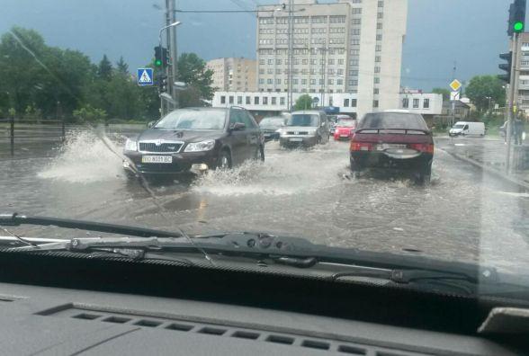 У Тернополі після зливи потоп