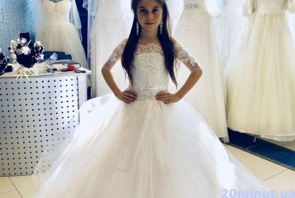 Прокат сукні від дизайнера для випускнів садочків коштує від 200 до 1000 грн