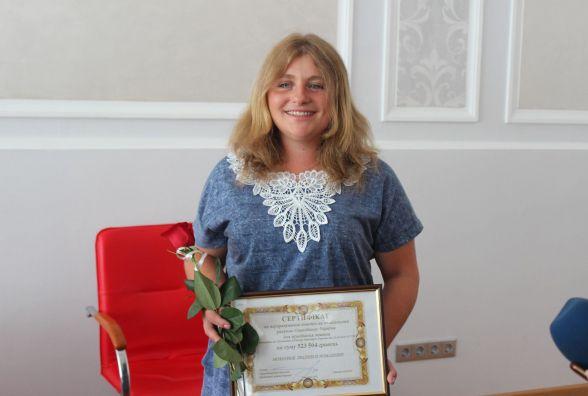 Дружині загиблого військовослужбовця та чотирьом постраждалим бійцям АТО вручили сертифікати на придбання житла