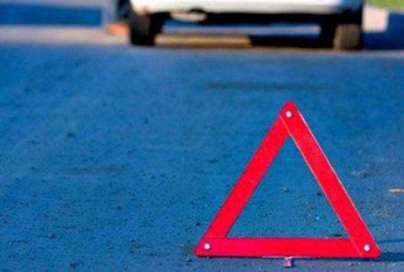 ДТП у Тернополі: водій у дворі збив 6-річну дитину