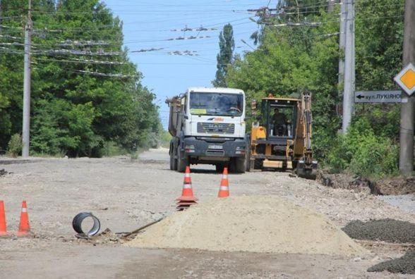 """Після ремонту дороги на Промисловій тролейбус не може проїхати до """"Епіцентру"""" (оновлено)"""