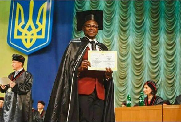 """Помер випускник медуніверситету з Конго, який став відомим, прочитавши """"Заповіт"""" Шевченка"""