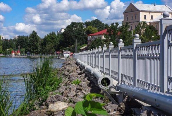 Третю чергу аераційного фонтану монтують на Тернопільському ставі