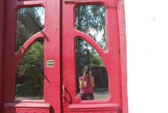 """Топ-10 """"інстаграмних"""" дверей в центрі Тернополя, яких ви точно не помічали"""