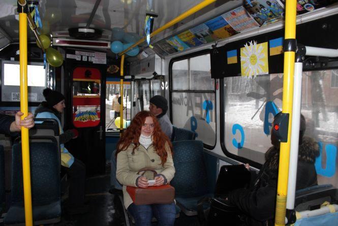 """""""Та файно, настрій піднімає"""", каже пасажир нового """"Тролейбуса щастя"""""""