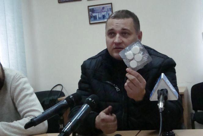 Тернополяни відправили в зону АТО 150 буржуйок і 600 «миколайчиків»