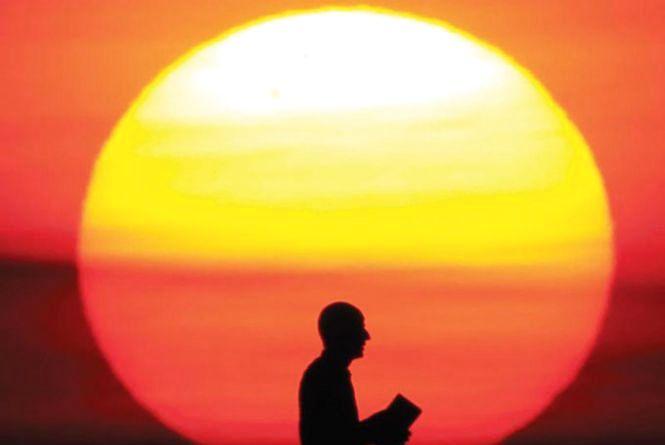 Сьогодні, 3 травня: День Сонця та Всесвітній день свободи преси
