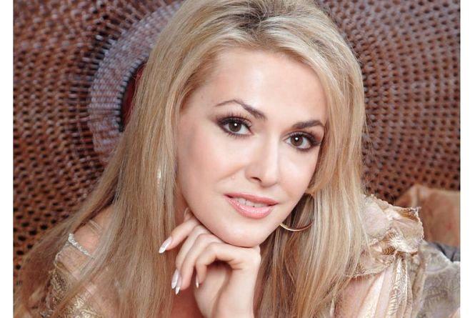 Акторка Ольга Сумська народилась 22 серпня