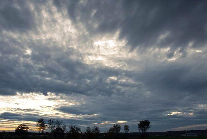 Погода у Тернополі: 21 жовтня, місцями хмарно, дощ +13°
