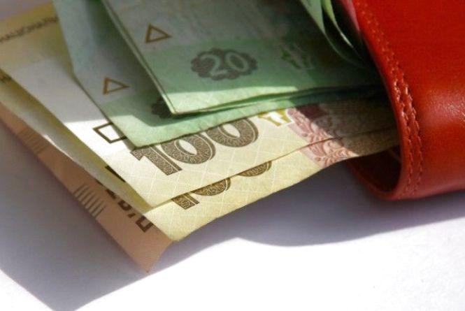 Дівчина вкрала у подруги гроші і заплатила ними за навчання