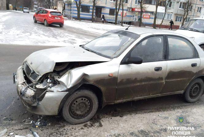 На Злуки зіткнулись Daewoo i Mercedes
