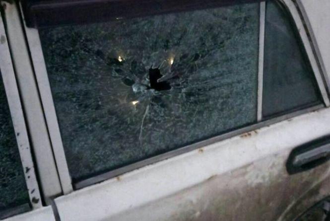 У Тернополі розшукують стрільця, який пошкодив 10 автівок