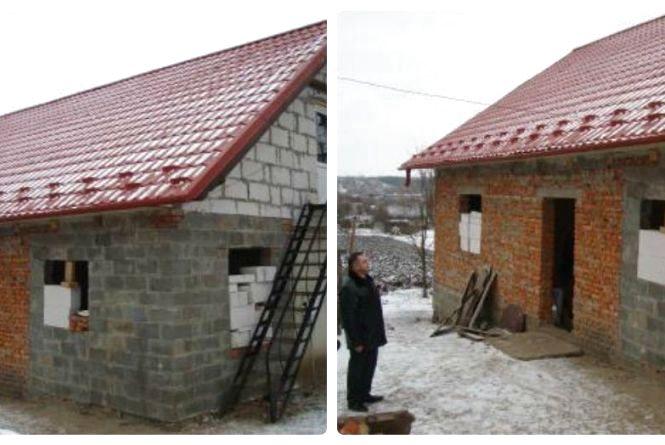 Матері загиблого бійця з Теребовлянщини перекрили дах у будинку