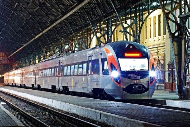 """""""Укрзалізниця"""" запланувала нові поїзди до Європи"""