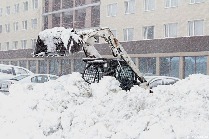 Від снігу чиститимуть Тернопіль дві фірми