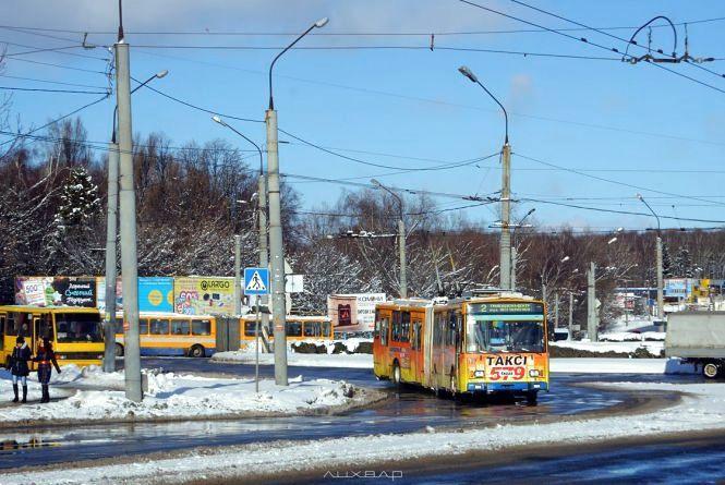 У Тернополі майже не їздять тролейбуси