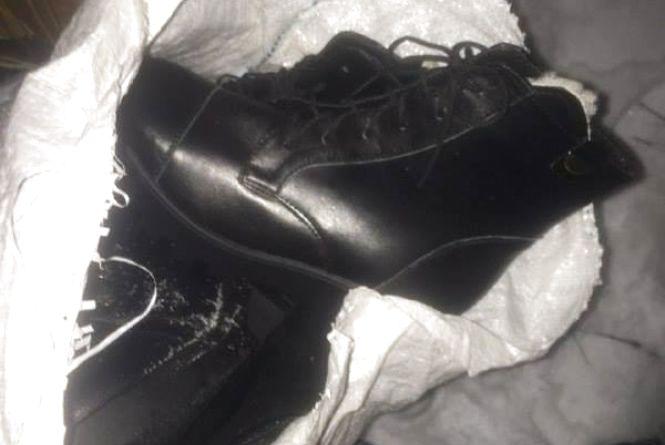 На Київській затримали двох чоловіків з краденим взуттям