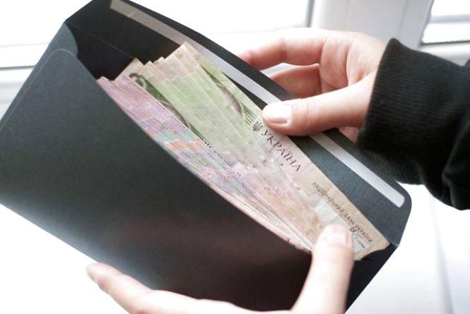 На Тернопільщині суттєво виросла заробітна плата