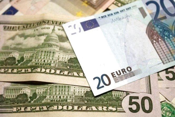Перед вихідними гривня різко впала - курс валют на 10 лютого