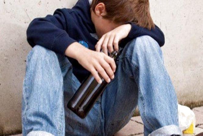 На Підволочищині неповнолітній через горілку потрапив у лікарню