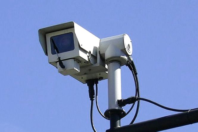 Запрацюють нові відеокамери, що розпізнаватимуть 10 видів порушень - фейк